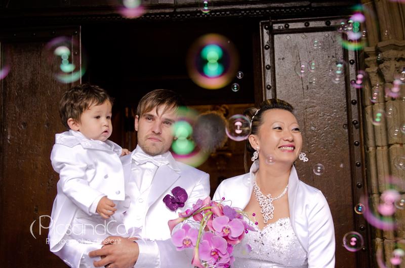Une belle sortie d'église sous les bulles