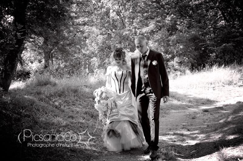 C'est parti pour la séance photos de couple des mariés