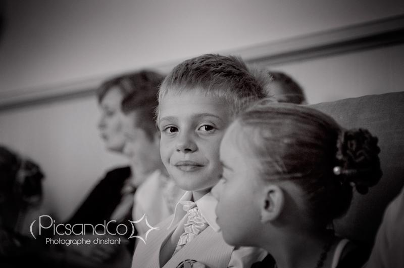 Portrait d'un enfant pendant le mariage