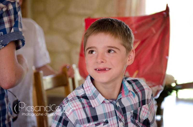Portrait d'un enfant lors du mariage proche de Toulouse