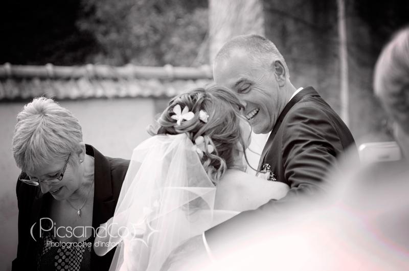 Retrouvaille du couple avant la cérémonie à la mairie