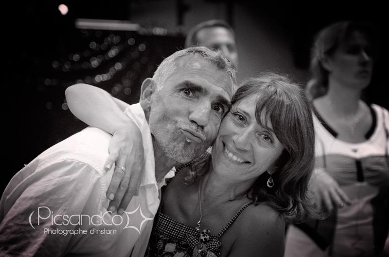 Portrait d'un couple sur la piste de danse
