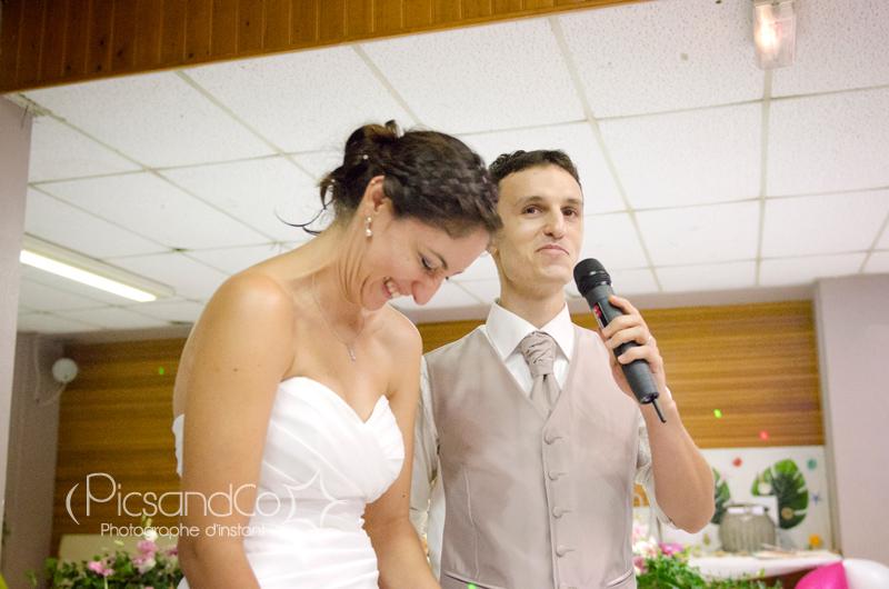 Remerciement des mariés envers la famille et les amis