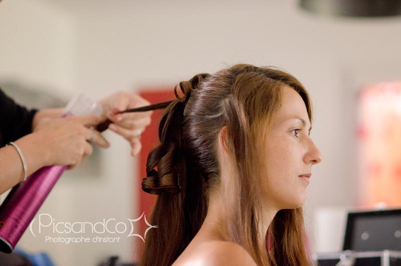 Préparation de la mariée coiffée par Julie Atmosp'Hair