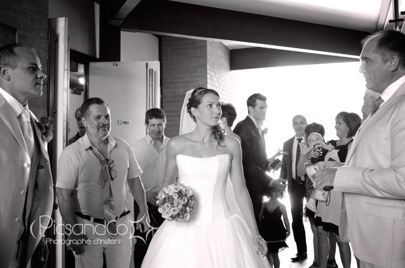 Sortie de la mairie des mariées à Villefranche de Lauragais - Toulouse