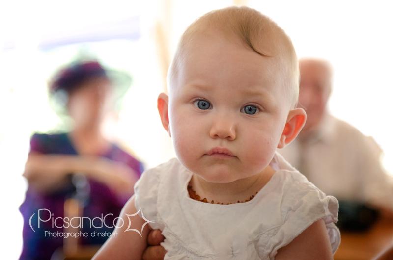 Le joli bébé des mariés du jour