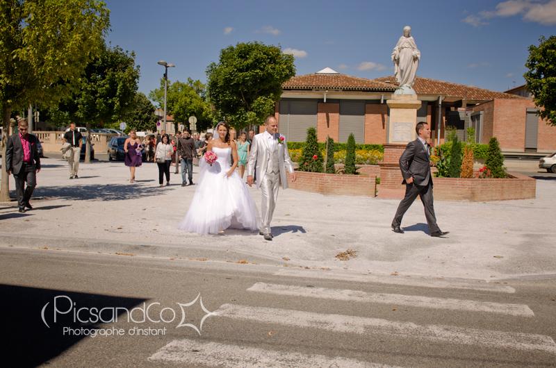 Direction l'église de Villefranche de Lauragais pour la cérémonie religieuse
