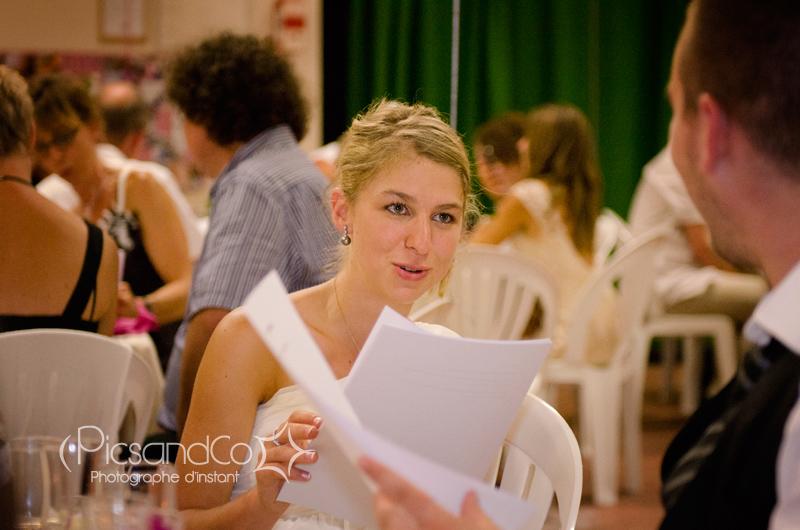 Photographe de mariage en soirée pour aussi saisir toutes ces émotions
