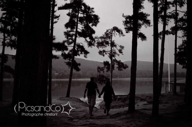 Séance couple au bord du lac de Saint Ferréol